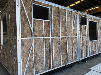 Insulated modular building