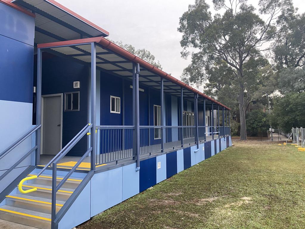 Exterior of Macarthur Girls High School