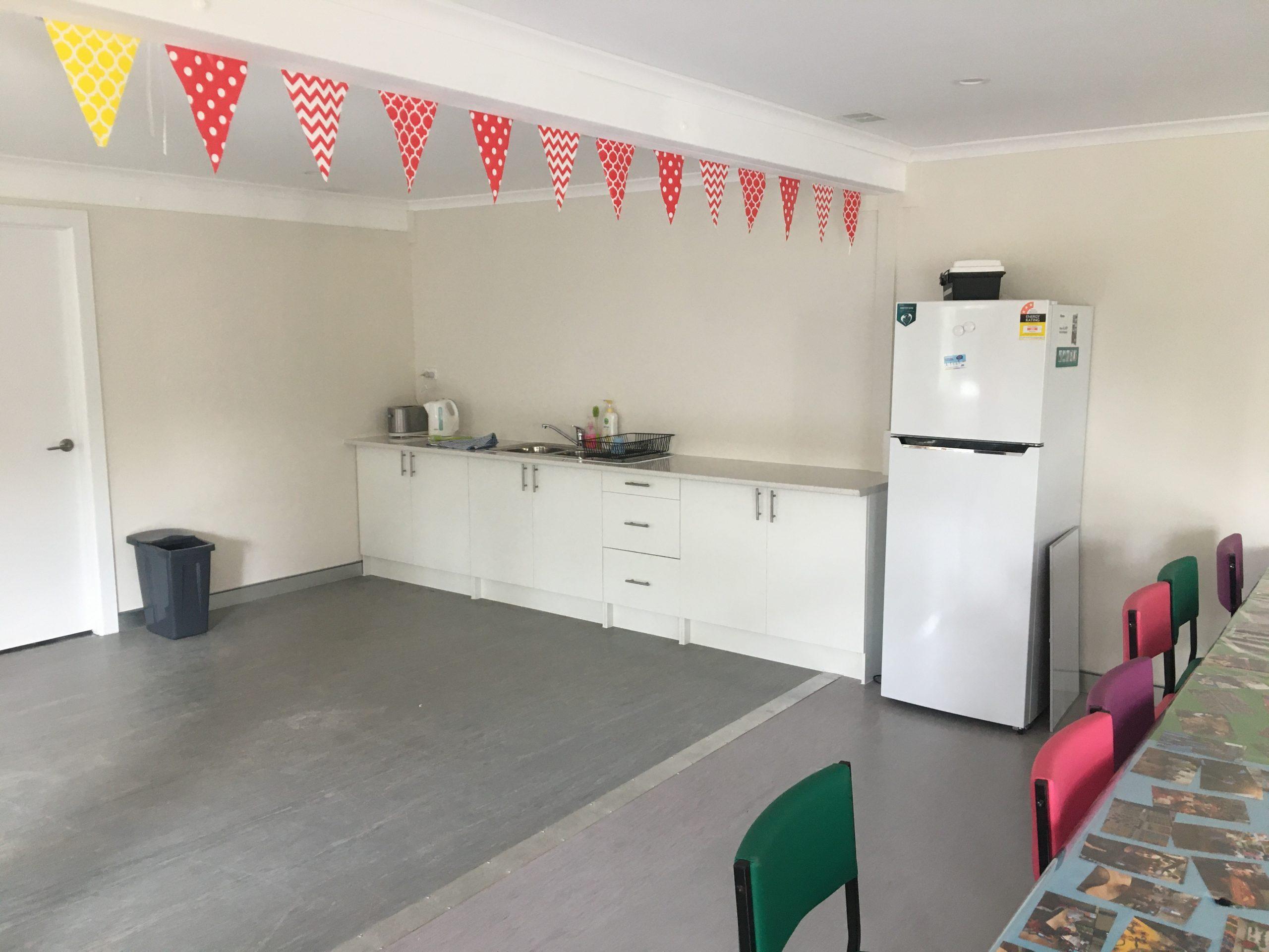 Demountable classroom kitchenette and wet area